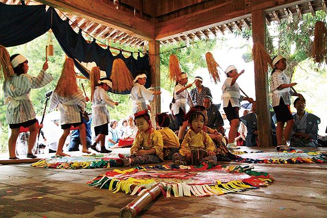 県指定無形民俗文化財 「宮園楽(かっぱ祭り)」